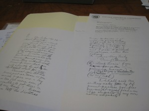 Picture of copy of Mark Twain letter in the archive file of the Maui Historical Society.