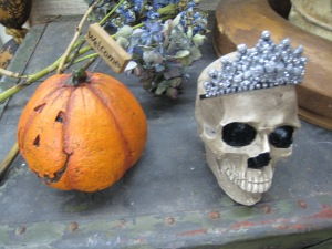 Skull with tiara. I was not kidding!